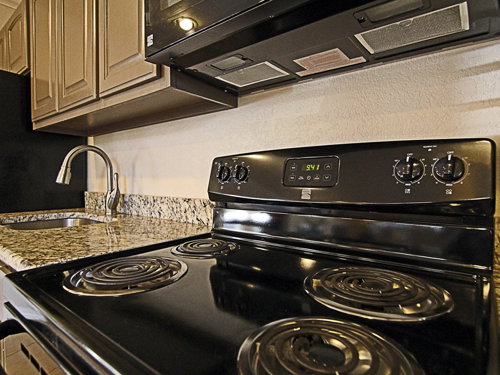 kitchen stove top at Parks on the Green, TX, 76504